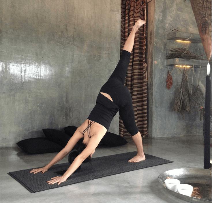 Mujeres Bien Buena En Yoga Pants