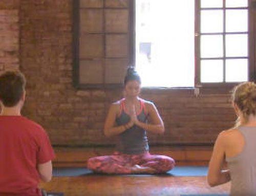 75 mins Clase de vinyasa yoga