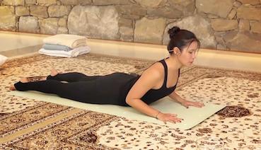 clase de yoga online con Soria Natural, para una espalda sana