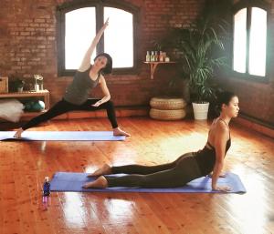 Xuan Lan - Zentro Urban Yoga