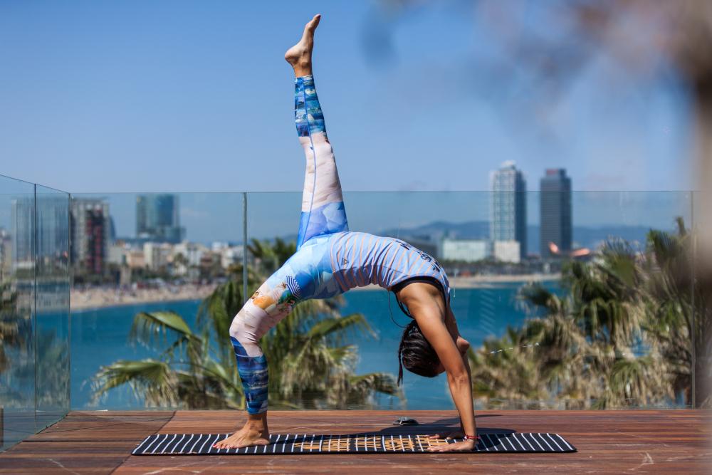 practicar-yoga