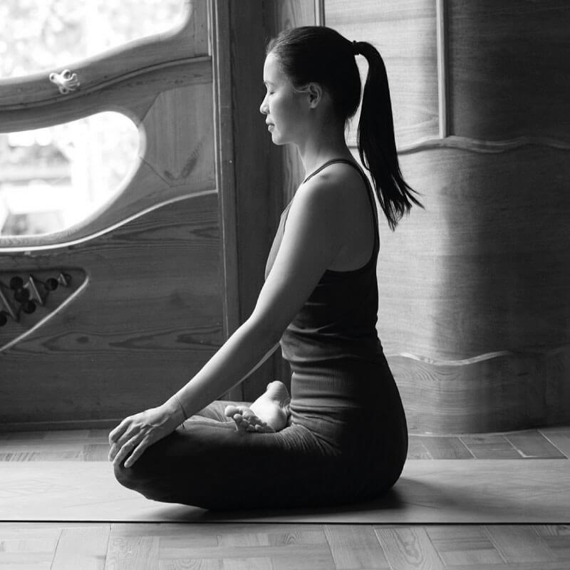 enraizarse en yoga