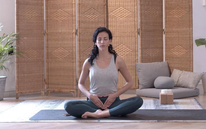clase yoga suelo pélvico