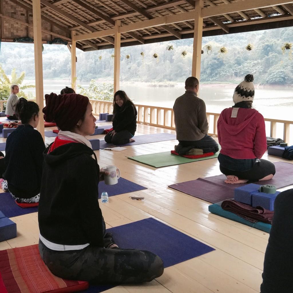 Yoga en Laos