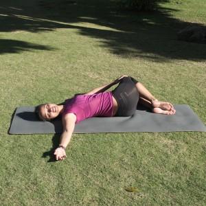 postura-pinza-yoga