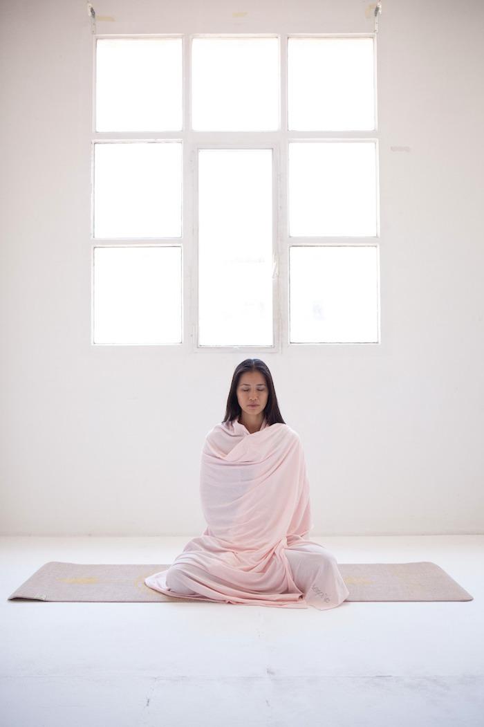 camiseta yoging with Xuan Lan